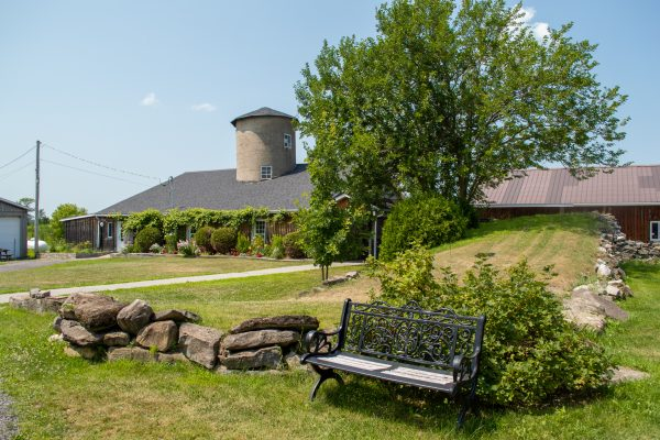Lounge at Heritage Treatment Foundation, a drug and alcohol rehab near Montreal